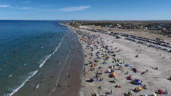 Playas Doradas atrae cada temporada a un mayor número de turistas por su tranquilidad y por la limpieza de sus costas.