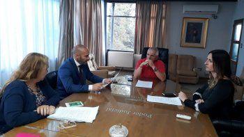 Provincia se comprometió a gestionar la impresión de padrones y la llegada de urnas