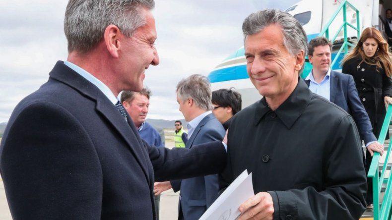 Arcioni aseguró que no hay comunicación oficial sobre la posible llegada de Macri