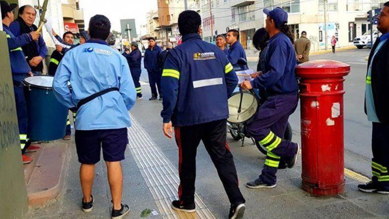 Trabajadores de Correo Argentino reclaman reapertura de paritarias