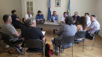 La reunión que mantuvo el gobernador con los clubes del Torneo Regional Amateur se realizó ayer en Comodoro Rivadavia.