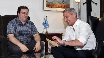 Arcioni recibió al intendente de Río Mayo por la Fiesta de la Esquila