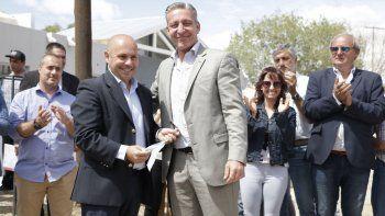 El gobernador desarrolló ayer actividades en Puerto Madryn junto al intendente Ricardo Sastre.
