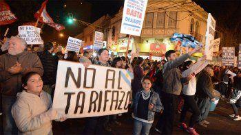 La medida de protesta se replicará esta tarde en distintas ciudades del país.