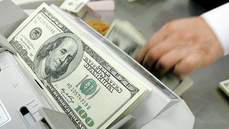 Pese a la intervención del Banco Central la cotización a nivel mayorista terminó debajo del piso fijado.