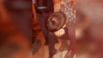 un policia abuso de una adolescente de 14 anos