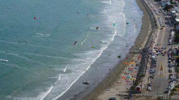 se supero la maxima y hay largas filas para ir a la playa