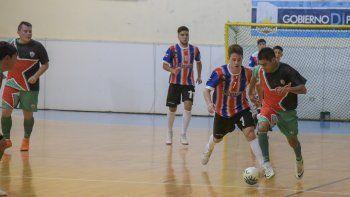 El torneo Clausura de fútbol de salón continuará esta noche con tres finales de vuelta en la categoría B.