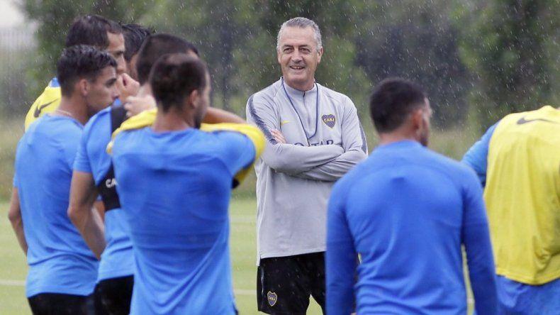 Boca enfrenta a Unión en el debut de Gustavo Alfaro