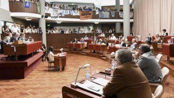 legislatura: propician la adhesion de chubut  a la ley micaela