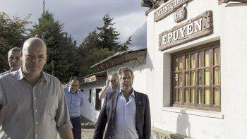 Pizzi y Rubinstein durante la visita del secretario de Salud de la Nación a Epuyén.