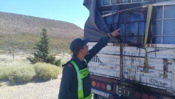 labraron un acta y retuvieron un camion que transportaba liquido inflamable