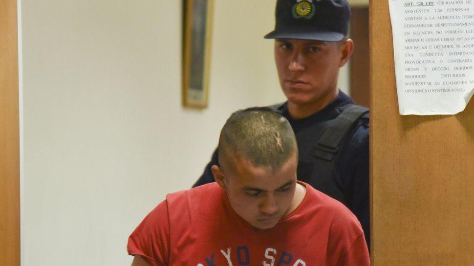 Miguel Sotelo, condenado a 17 años de prisión por un homicidio que cometió en Comodoro Rivadavia, se fugó de la alcaidía de Trelew.