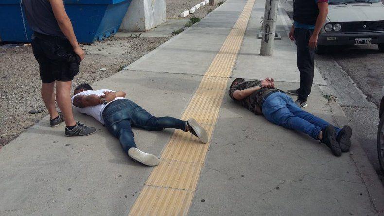 Cayeron dos mulas que traían más de 7 kilos de cocaína de Perú