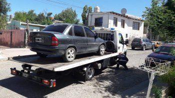 secuestran auto que era buscado por hurto