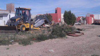 Los municipales actuaron con rapidez para impedir que la construcción progresara.