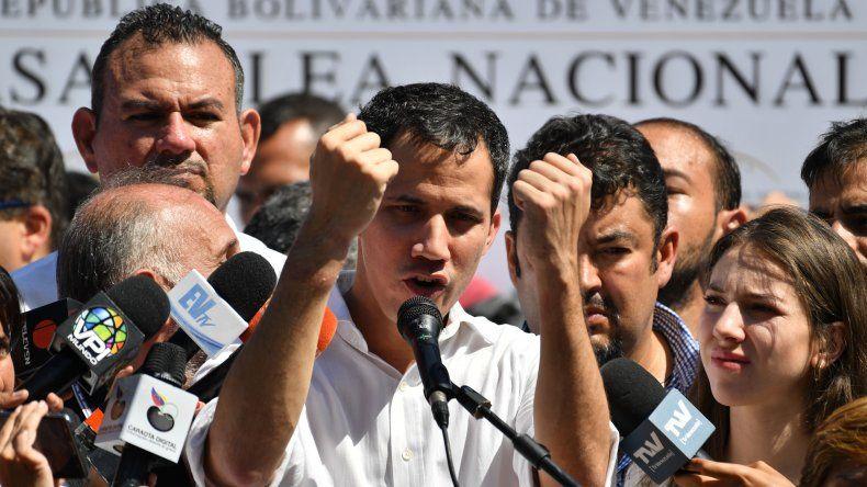 Guaidó no descarta autorizar una intervención militar de Estados Unidos en Venezuela