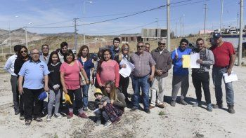 Las familias que recibieron sus terrenos en el barrio Don Bosco ya pueden comenzar a construir.