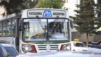 Provincia adeuda casi $85 millones de subsidio al transporte para Comodoro