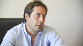 A la espera de la caída del adelantamiento y la precandidatura de Linares