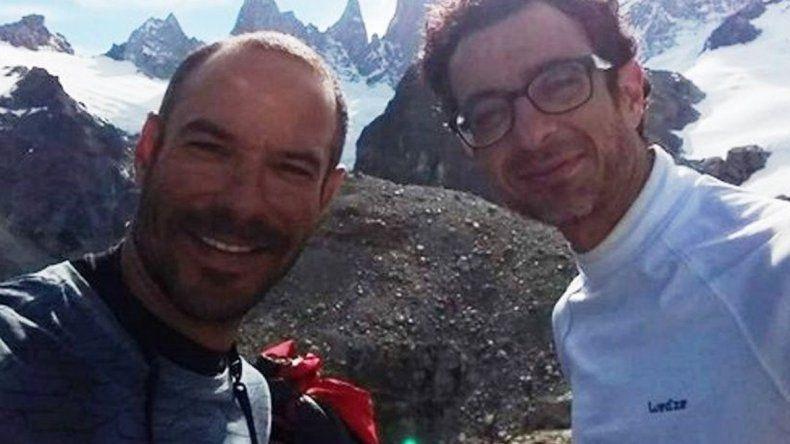 Los escaladores brasileños Fabricio Amaral y Leandro Iannota fueron dados por muertos y su búsqueda se suspendió el viernes.