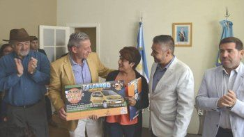 En Comodoro, el gobernador en persona dio detalles del nuevo Telebingo deportivo.