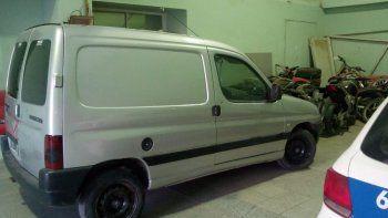 Secuestran un vehículo en el barrio Pueyrredón