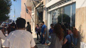 vecinos de fraccion 14 tras 20 dias sin agua piden respuesta a concejales