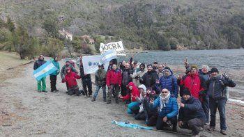 Realizan la cuarta marcha por soberanía a Lago Escondido