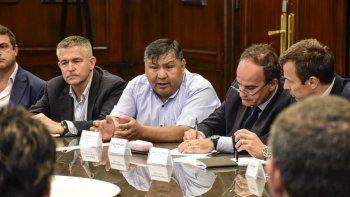 El primer encuentro de la Mesa Petrolera de Chubut fue catalogado como positivo y productivo por los diferentes actores de la industria hidrocarburífera de la región.