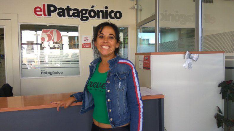 Claudia Díaz Da Costa se presentará hoy junto a Fabián Lugo en el Espacio Social y Cultural Collage con un show de humor de estilo café concert.