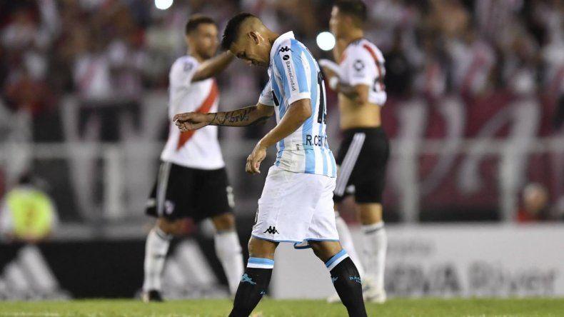 Racing volvió a perder con River y se abrió la Superliga