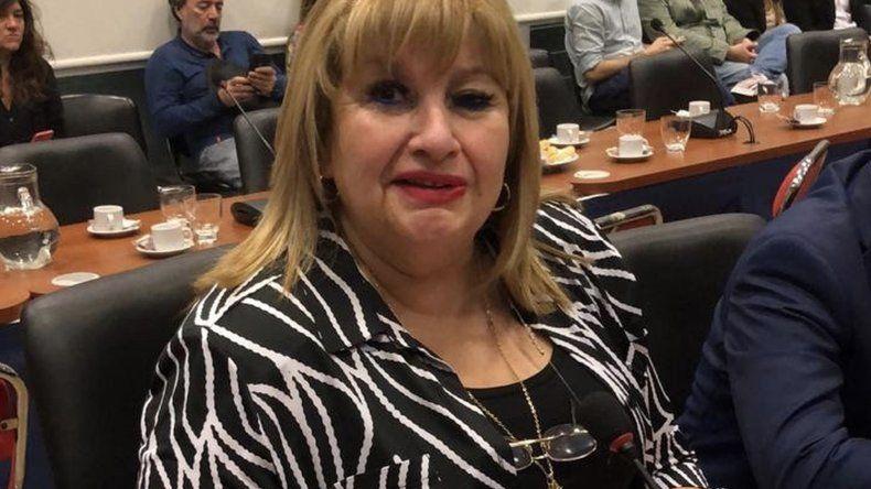 Ana Llanos insiste con el uso de silbatos contra el acoso y el abuso sexual