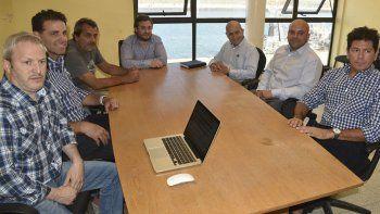 El presidente del Instituto de Energía, Matías Kalmus, encabezó una reunión por el conflicto laboral que se desató en yacimientos de Sinopec.