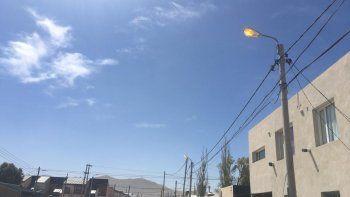 cambian 48 luminarias en el barrio juan xxiii