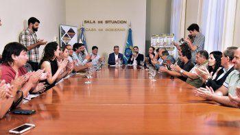 El gobernador Mariano Arcioni encabezó los anuncios de acuerdos de precios.
