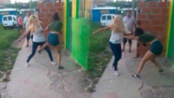 mato a punaladas a su amiga e ira 14 anos a prision