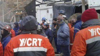 La empresa YCRT prometió pagar la totalidad de los salarios de enero con la condición de que los trabajadores mineros dejaran sin efecto el quite de colaboración.