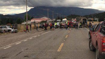 accidente fatal en coyhaique: fallecieron dos personas en un choque
