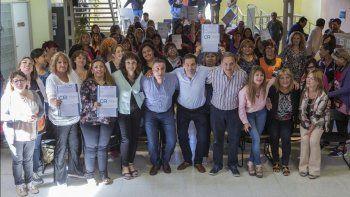 medio millon de pesos para 12 centros de promocion barrial