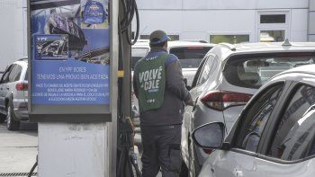Por efecto de las retenciones se eliminan los aumentos de combustibles previstos