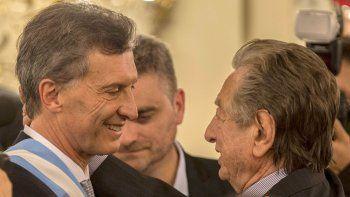 Trasladan los restos de Franco  Macri a un cementerio privado