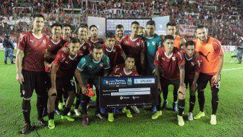Independiente goleó a Atlas en la Copa Argentina