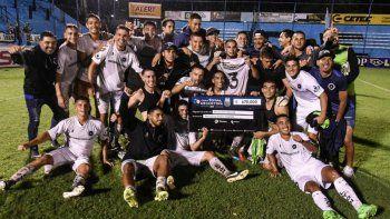 el real pilar de vladimir covalschi elimino a velez de la copa argentina