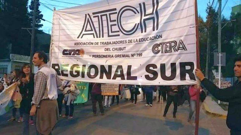 La ATECh reclama por  la pérdida de cargos  docentes en la Escuela 711