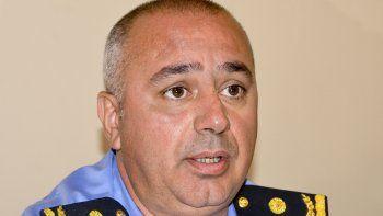 Alejandro Pulley, quien afronta una causa judicial, fue pasado a retiro en la Policía de Chubut.