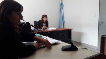 La fiscal María Laura Blanco y la jueza Raquel Tassello durante la audiencia de ayer.