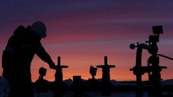 murio un operario luego de la explosion de un pozo petrolero