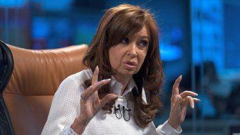 Ratificaron la falta de mérito dictada para Cristina Kirchner en una causa por lavado