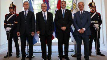 El presidente Mauricio Macri se reunió con Sebastián Piñera, Mario Abdo Benítez y Tabaré Vázquez para proyectar el Mundial 2030.